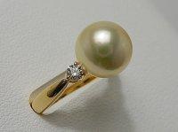 アコヤ天然金色真珠 9.5mm K18 Dia 0.16ct RING