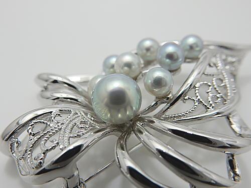 画像1: アコヤ真珠ナチュラルブルーブローチ