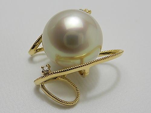 画像1: 白蝶真珠 13.1 mm シャンパンピンク  最高品質 「オーロラ ・ヴィーナス」 K18 Dia 0.04ct スルーオメガ付き PENDANT